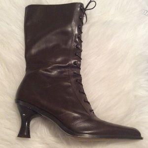 Sz 8 BCBGIRLS Brown ZIP Up Granny Boots